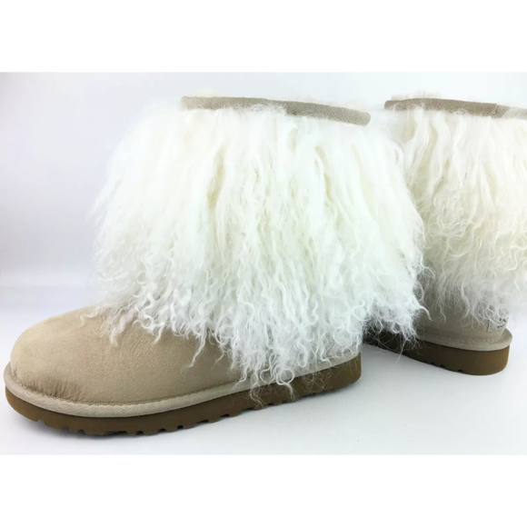 08bf24c4470 UGG Mongolian Sheepskin Cuff Short Boots